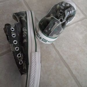 Converse Shoes - Army women's converse shoe